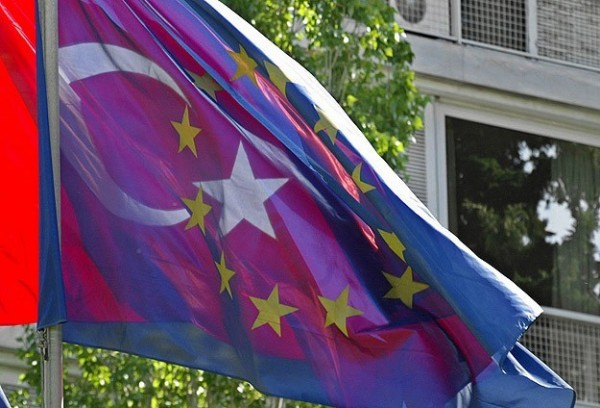 Турция рассчитывает вступить вЕС к 2023-му
