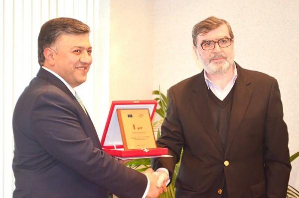Сотрудник SalamNews удостоен награды -