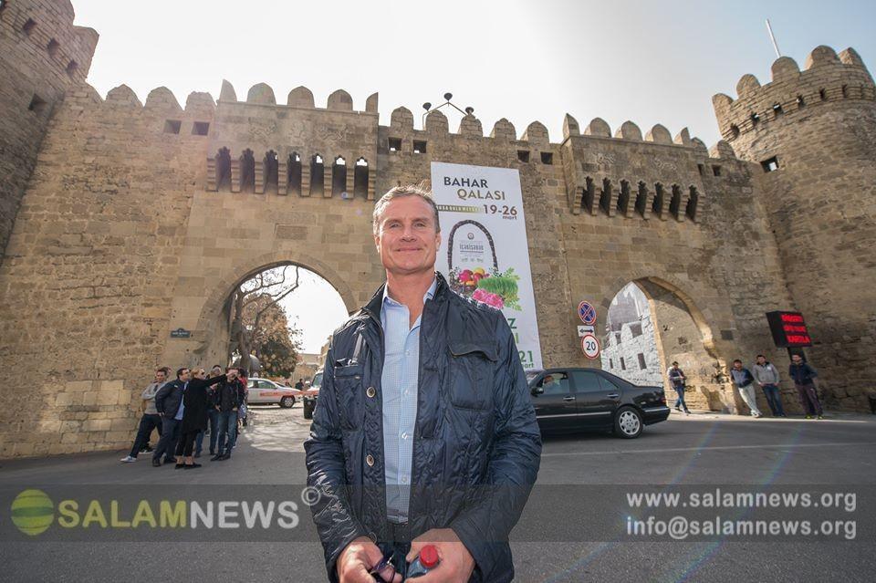 Dünya şöhrətli Formula 1 pilotu Bakını gəzib