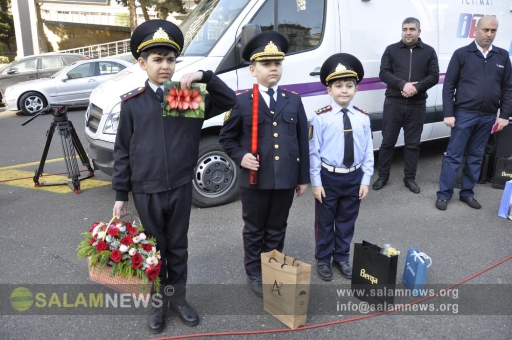 В Баку дорожная полиция провела рейд в связи с праздником 8 марта