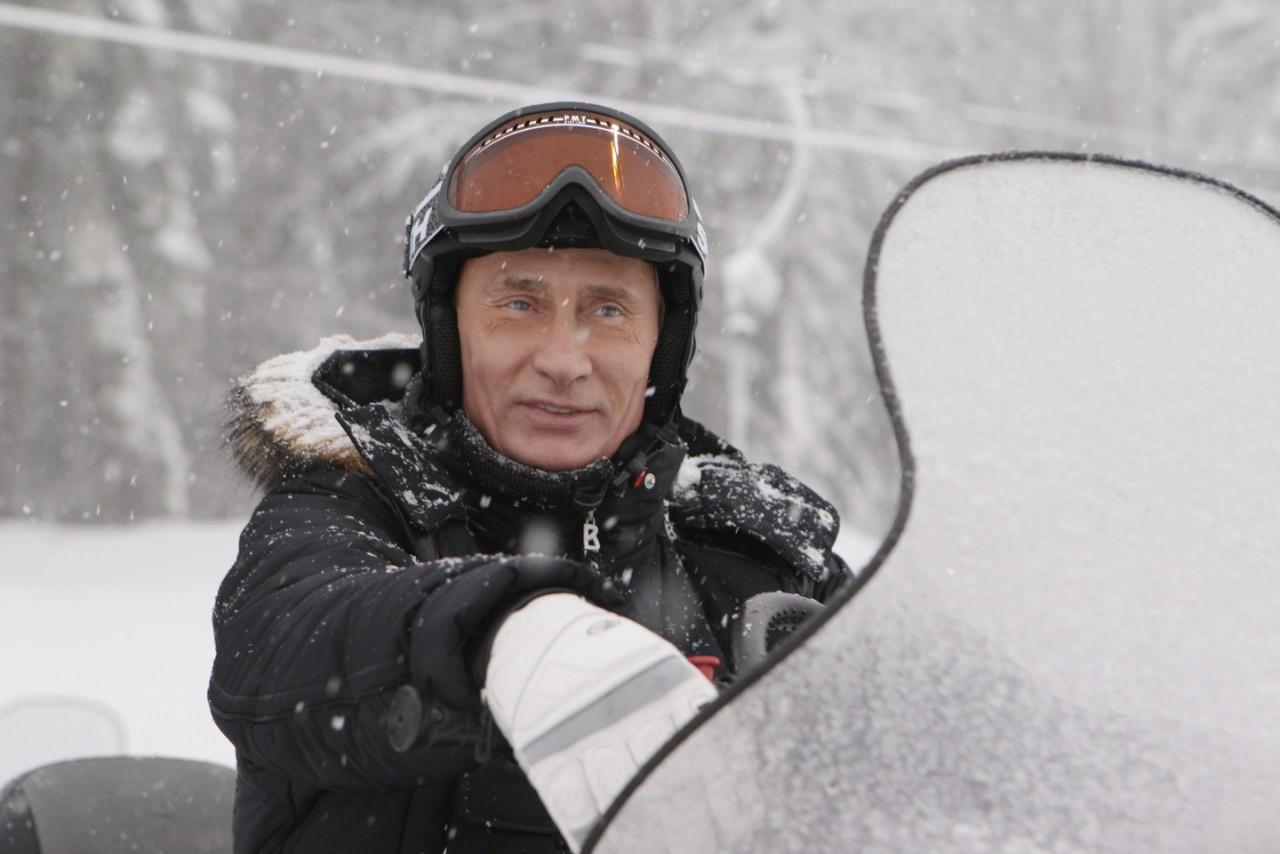 Песков рассказал оботдыхе В. Путина всибирской тайге