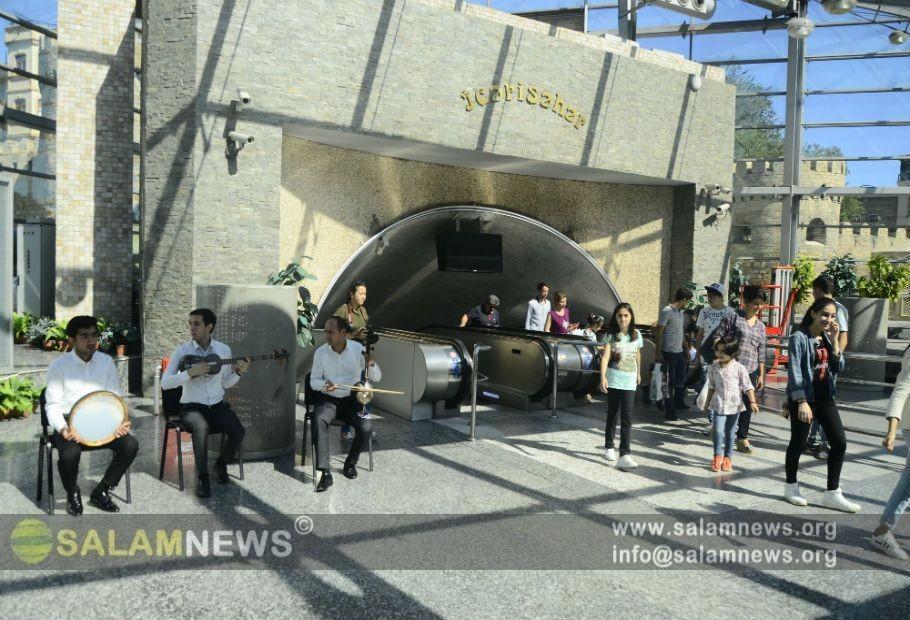 Bakı metrosunda milli musiqi günü qeyd olunub