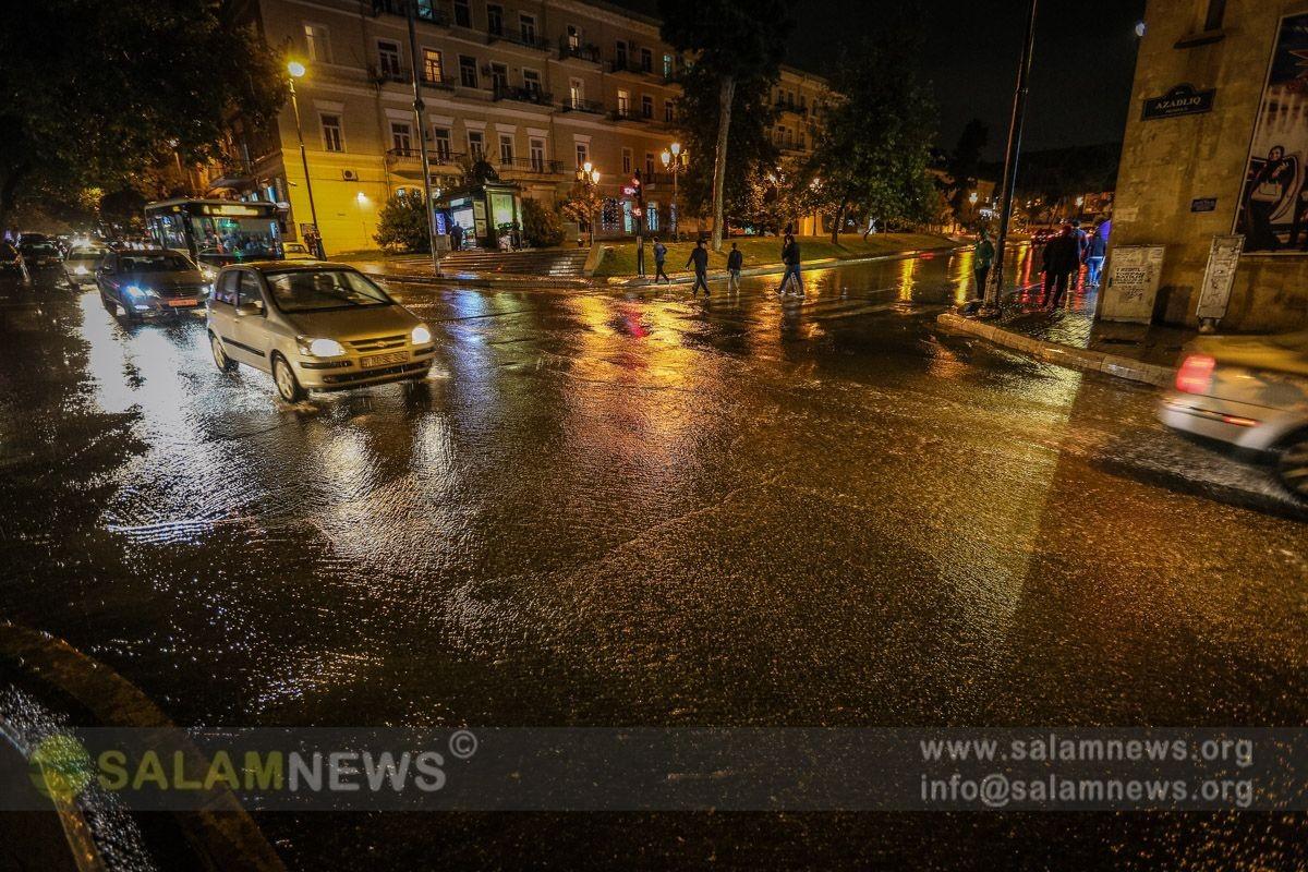 Güclü yağışlar Bakıda fəsadlara yol açıb