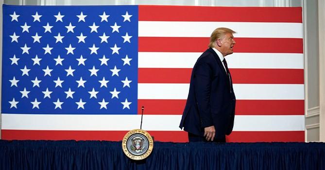 Politico: в окружении Трампа уверены, что он будет участвовать в выборах 2024 года