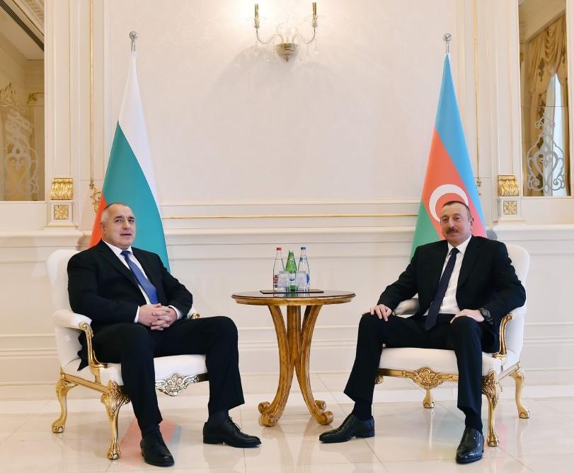 Премьер-министры Азербайджана иБолгарии приняли участие воткрытии авиарейса Баку-София