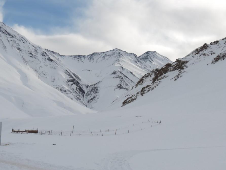 Один человек умер инесколько пострадали отсхода лавины вофранцузских Альпах