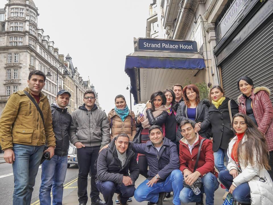 Группа журналистов из Азербайджана посетила Великобританию