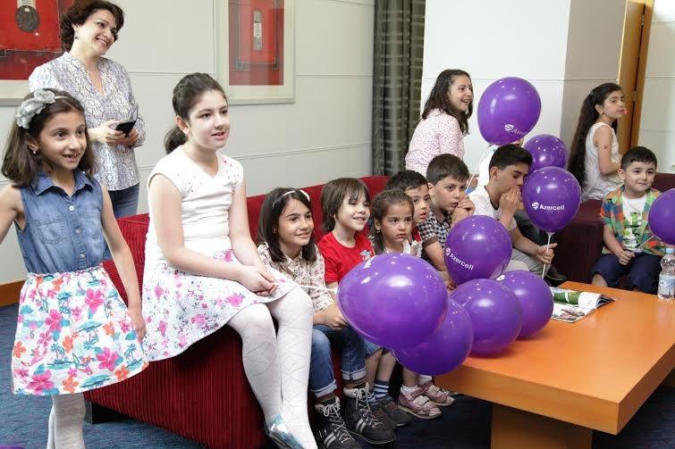 Азербайджане отмечают Международный день защиты детей