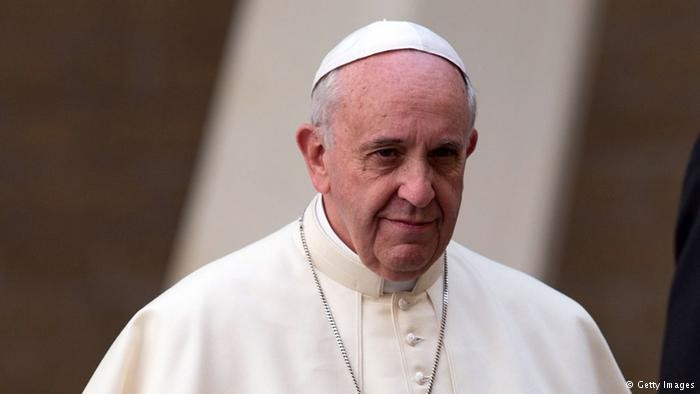 Папа Римский начинает визит вГрузию иАзербайджан