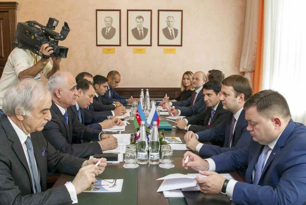 Губернатор Ставрополья Владимиров поприветствовал участников Российско-Азербайджанского форума