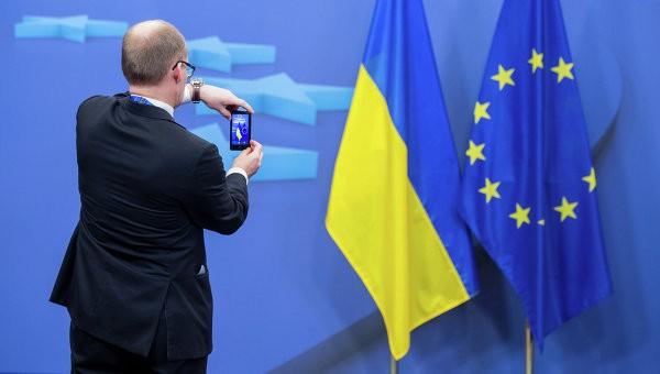 Комитет Европарламента проголосовал забезвиз для украинцев