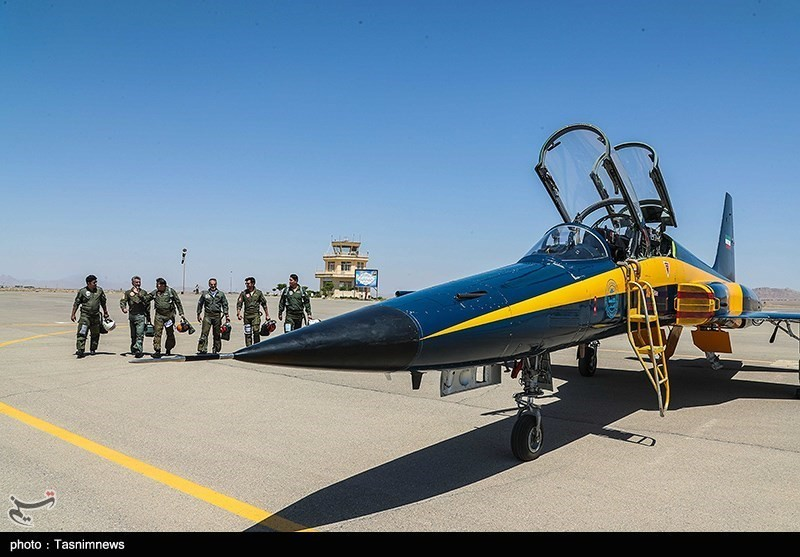 Доставка 3 истребителей «Косар» в ВВС армии