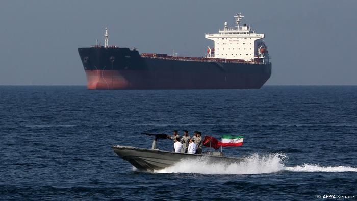 Иран объявил озадержании иностранного танкера вПерсидском заливе