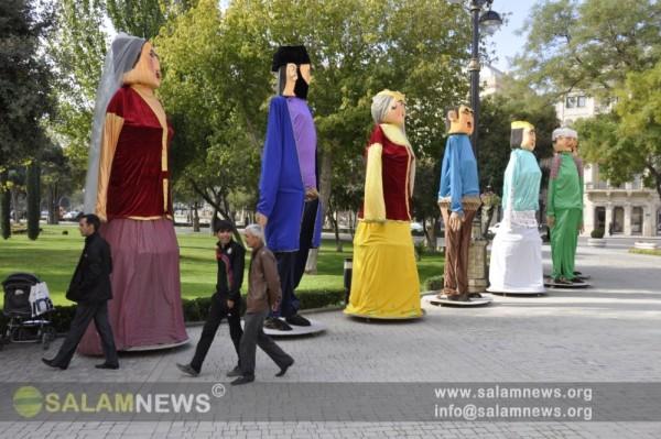 В Баку открылся I международный фестиваль кукольных театров