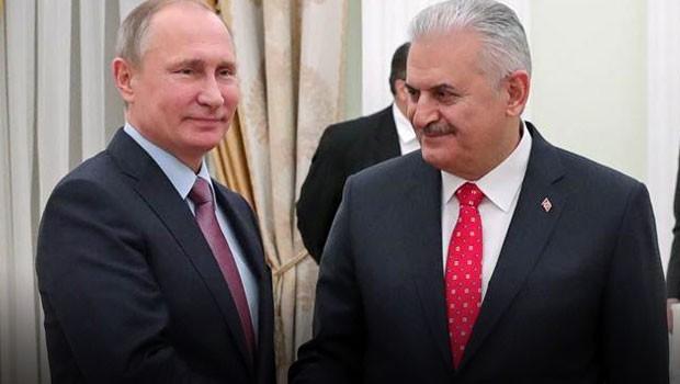 Песков: Решение осокращении Россией добычи нефти принимал лично Путин