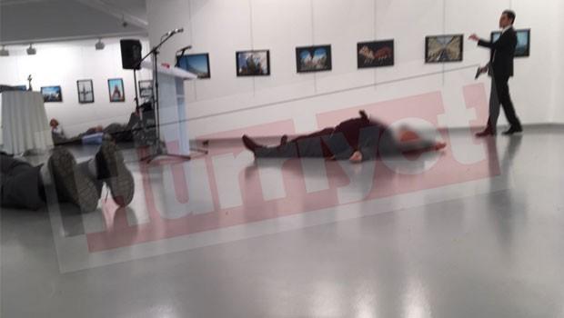СМИ говорили о продолжении стрельбы наместе покушения напосла Российской Федерации