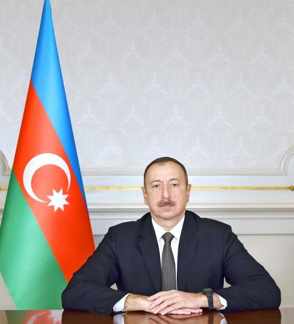 Айдын Мирзазаде: Президент Ильхам Алиев открывает Азербайджан исламскому миру
