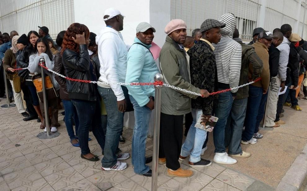 image.adapt.990.high.morocco migrants queue.1431960658502 162 ВСША вступил всилу иммиграционный указ Трампа