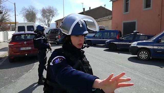 Марин ЛеПен потребовала отставки руководителя МВД Франции после теракта вТребе
