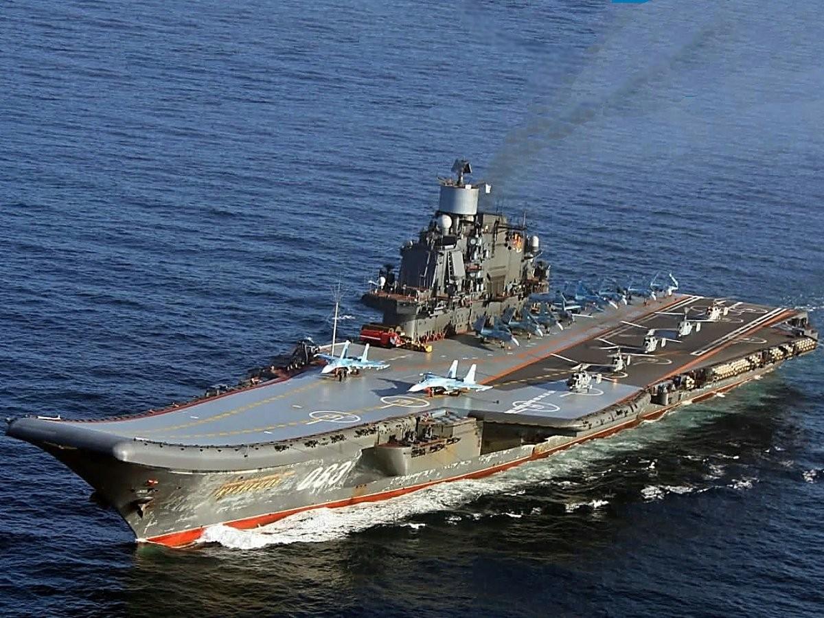 Атомный ракетный крейсер «Петр Великий» отправится на модификацию