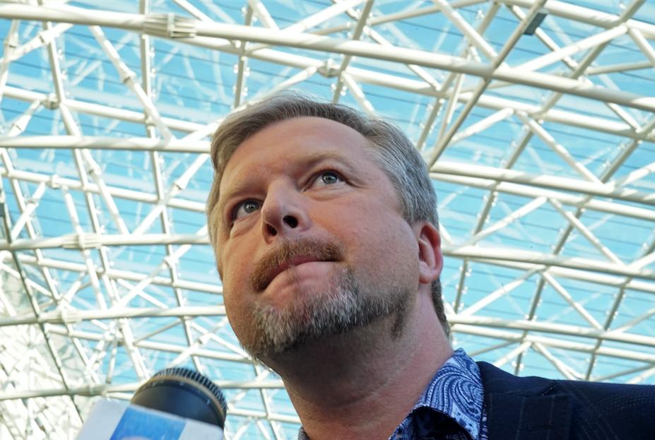 Известный телевизионный ведущий Валдис Пельш госпитализирован в столицеРФ