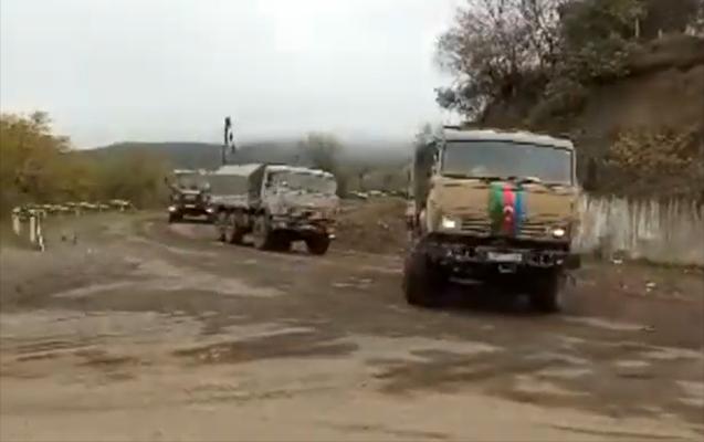 Российские миротворцы сопроводили первую колонну армии Азербайджана из Шуши