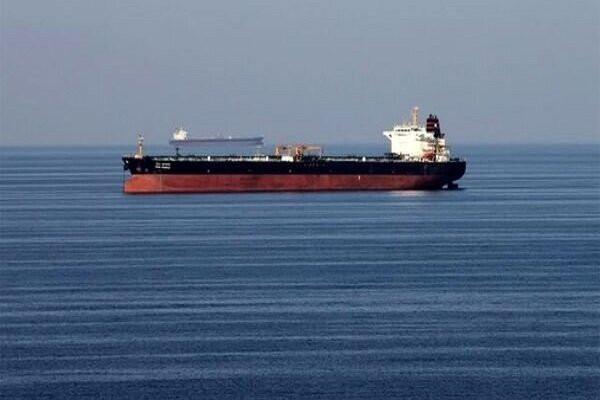 Источник: Иранское судно подверглось ракетному удару в Красном море