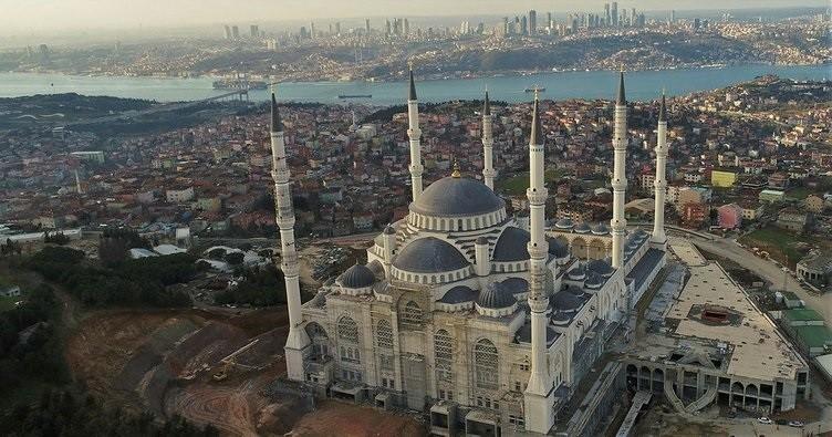 İstanbul məscidləri cümə namazına açıldı