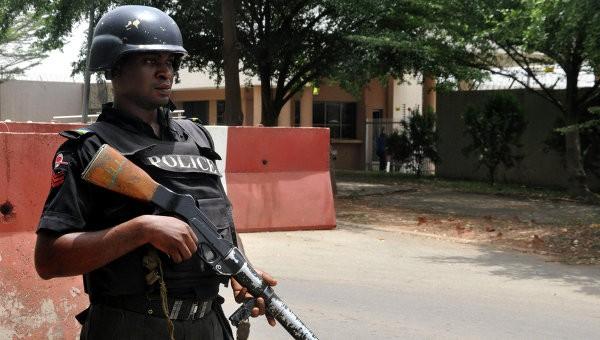 Неменее 50 человек погибли при нападении террористов нанефтяников вНигерии