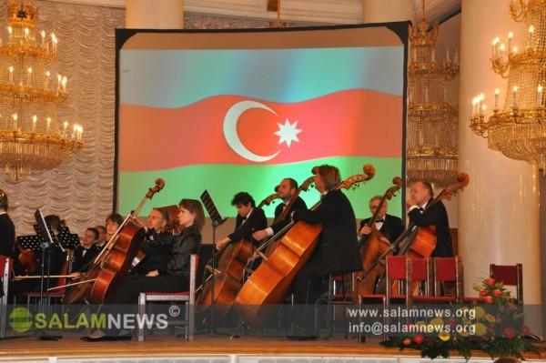 Moskvada prezident seçkilərində İlham Əliyevə dəstək xarakterli konsert keçirilib