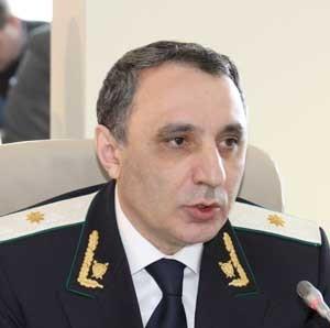 KQMBİ rəisi Kamran Əliyev ile ilgili görsel sonucu