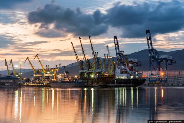 ВОдесский порт торжественно зашли турецкий фрегат икорвет