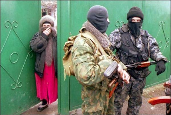 В селении Гимры продолжаются обыски, сообщают местные жители