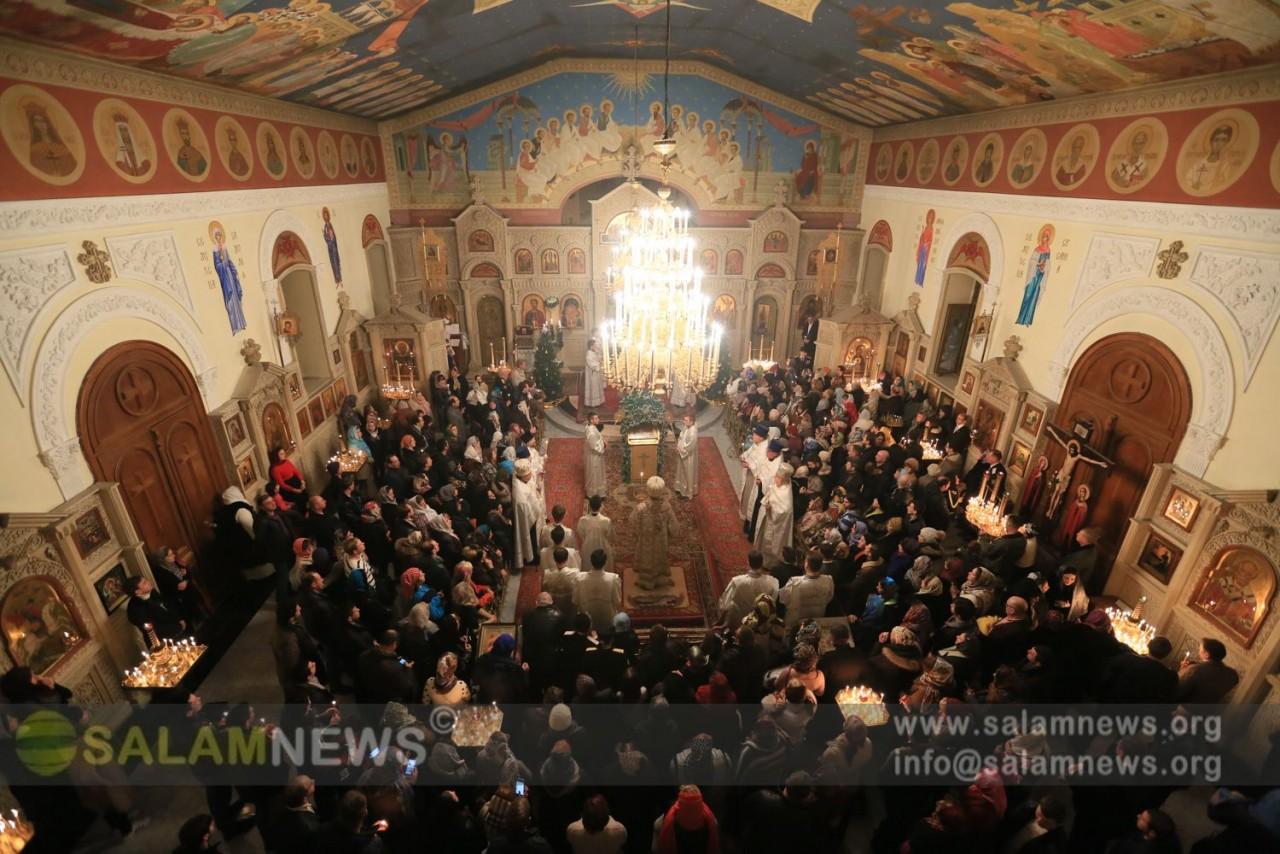 В Баку православные верующие отмечают Рождество Христово