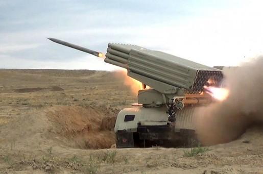 Azərbaycanın artilleriya bölmələrinin döyüş atışlı təlimləri keçirilib