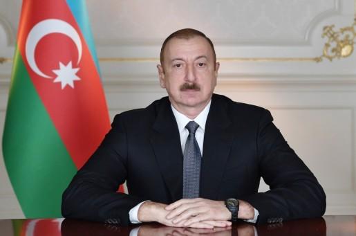 Prezident İlham Əliyev yeni dərs ili münasibətilə müəllim və şagirdlərə müraciət edib