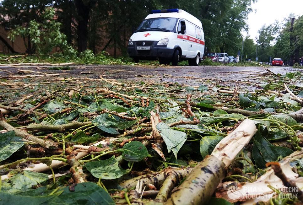 В итоге урагана в столице России погибли 11 человек