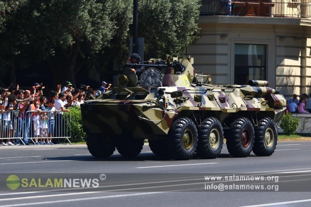 В Баку начался военный парад