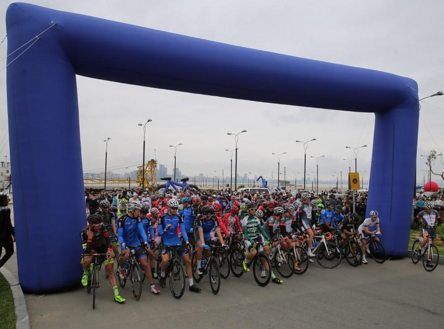 Стартовала традиционная велогонка Тур де Азербайджа