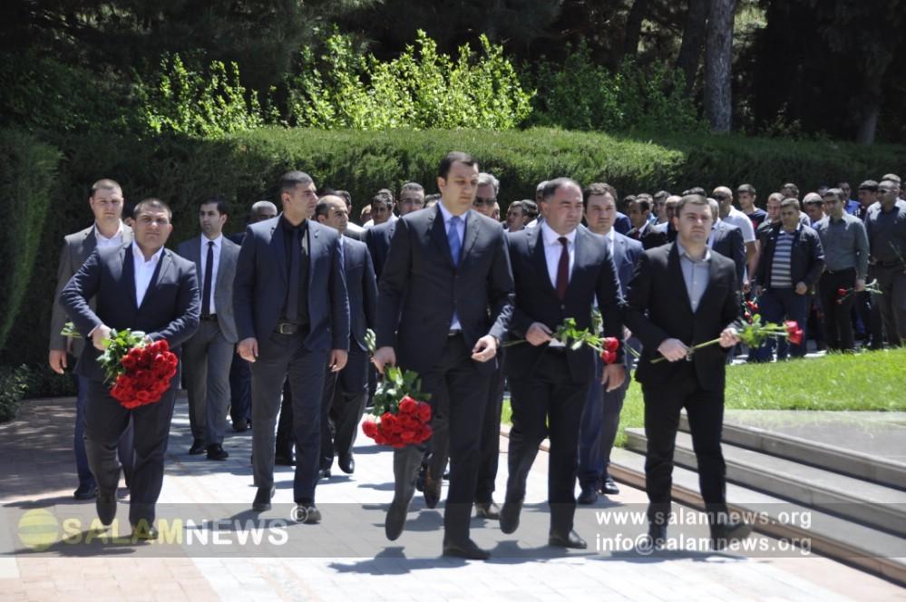 Азербайджанский народ чтит память Гейдара Алиева